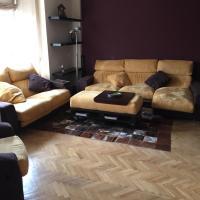 Amplio, cálido y confortable piso