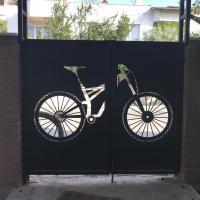 Bikes 'n Guitars Suites