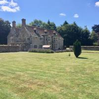 Historic Manor House with hot tub