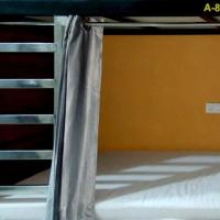 Naavagat Backpackers