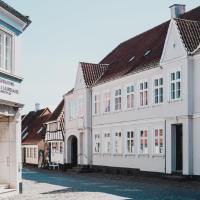 Kjobing Manor