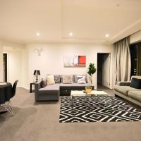 Heart of CBD Penthouse Apartment