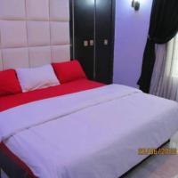 11:45 Hotel & Suites