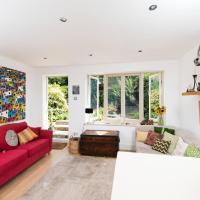 Charming 2BR garden flat in Clapham