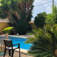 Villa Rodonya with a private pool, just 19km to the beaches of Tarragona!
