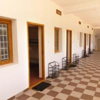 Dee Dee Ladies Hostel