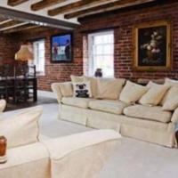 Luxury Sheffield City Center Loft Apartment