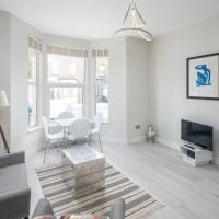 Chic, Modern 2 Bed apt in North London