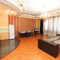 Уютная квартира в центре. Cozy apartment in the city center. 414