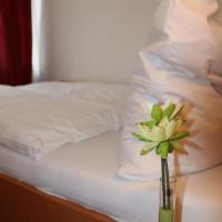 Hotel Bonn Voyage