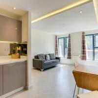 1 Bed Flat, 2 Minutes from Station
