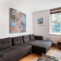 Contemporary 2Bed Apartment, walk to Tower Bridge!