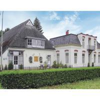Ten-Bedroom Holiday Home in Wehe-den Hoorn