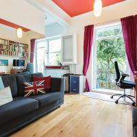 Beautiful Notting Hill Garden Apartment