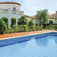 Three-Bedroom Holiday Home in Vilacolum