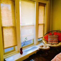 BROWNSTONE CLARK Historic Studio Apartments
