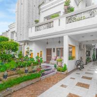 1 BR Guest house in Hari Kishan Somani Marg, Jaipur (33C6), by GuestHouser
