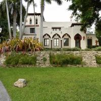 Historic & Gated 12 Bedroom Villa in Coconut Grove
