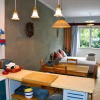 """Mia's cozy flat in Ermou, 3 min from """"Monastiraki"""""""