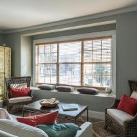 Charming & Centric Miami Apartment