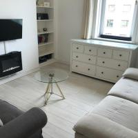 SCANDI CHIC apartment in TRENDY Stockbridge!!