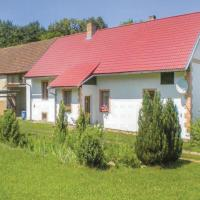 Three-Bedroom Holiday Home in Tourov