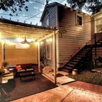 Ultimate Guest House, ECO Pecan Tree House ATX