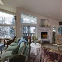 Unique Penthouse in the HEART of Vail Village