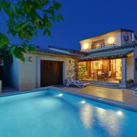 Cala San Vicente Villa Sleeps 7 Pool Air Con WiFi