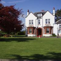 Pinewood Country House