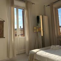 White Napoleone Apartment