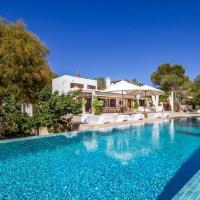 Es Cubells Villa Sleeps 10 Pool WiFi
