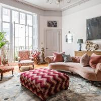 Mecklenburgh Square II by Onefinestay