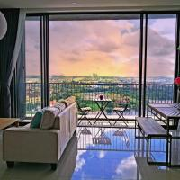 Dreamcity apartment high floor, lakeview, quiet, 2BR family suite