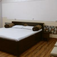 Oxygen Home Stay - Deluxe Two Bedroom Set