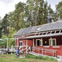Four-Bedroom Holiday Home in Kumla