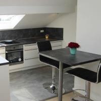 Moderne DG-Wohnung in ruhiger Lage