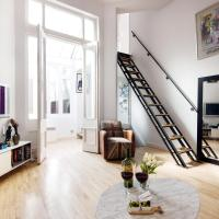 Bright Cromwell Road Loft