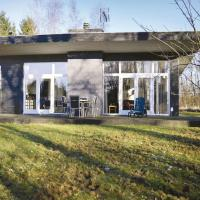 Three-Bedroom Holiday Home in Farvang