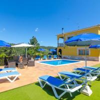 Caules Villa Sleeps 10 Pool WiFi
