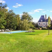 Brinon-sur-Sauldre Chateau Sleeps 12 Pool WiFi