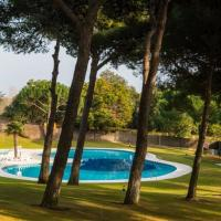 Fornells de la Selva Apartment Sleeps 6 Pool