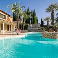 Calcarelli Villa Sleeps 14 Pool WiFi