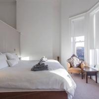 Luxurious Bedroom in a Family Home Harold's Cross
