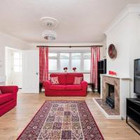 Cosy 2BR House With Patio Garden In Plaistow