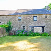 Larmor-Baden Villa Sleeps 8 Pool WiFi