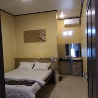 Four,i Hotel