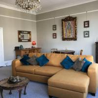 Perfectly Located Spacious Bright Regency Apartment