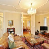 3 Bed Apt in historic Ramsay Garden