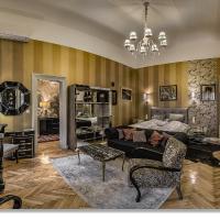Boudoir Budapest Apartment